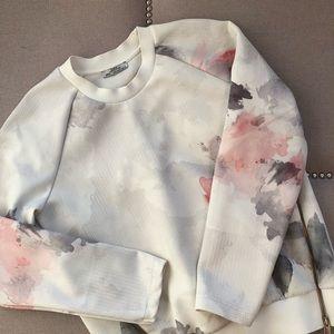 Zara Zippered Pullover Sweatshirt